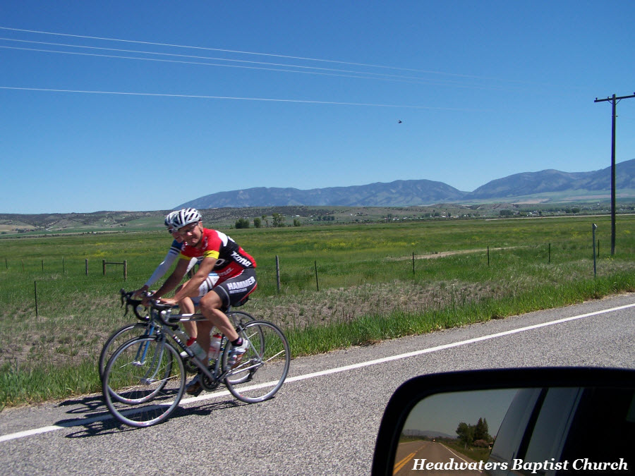 manhattan montana bikers